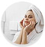 WOW Skin Science Gold Clay Face Mask that improves the skin texture and minimizes wrinkles and fine lines